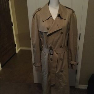 The American Male vintage size 42R trench coat